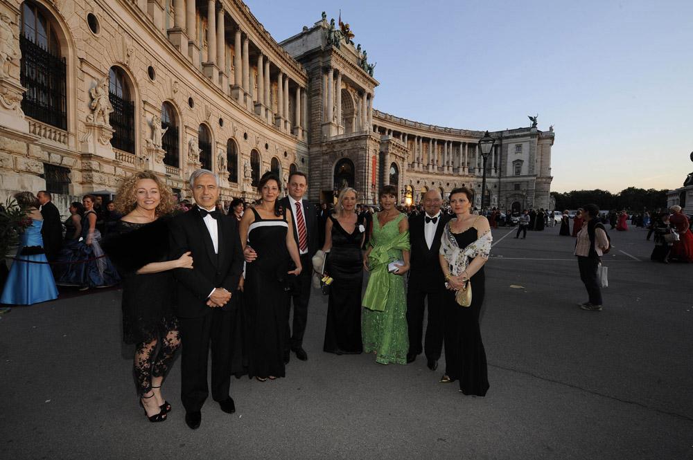 Emanuela Vavassori, Alberto Di Luca, Sabrina Molani, Roberto Baratelli, Adriana Brizio, Anna Repellini, Mauro Del Vecchio e Sanja Oldani