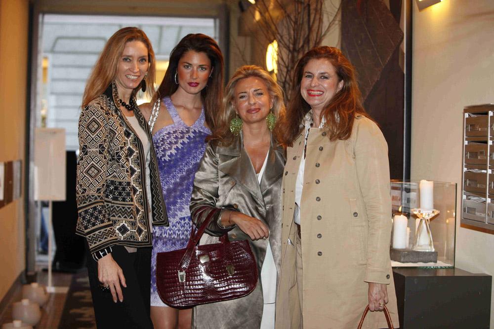 Estée Lauder da Curiosità - Laura Morino Teso, Daniela Ferolla, Daniela Pistoia, Paola Gradi