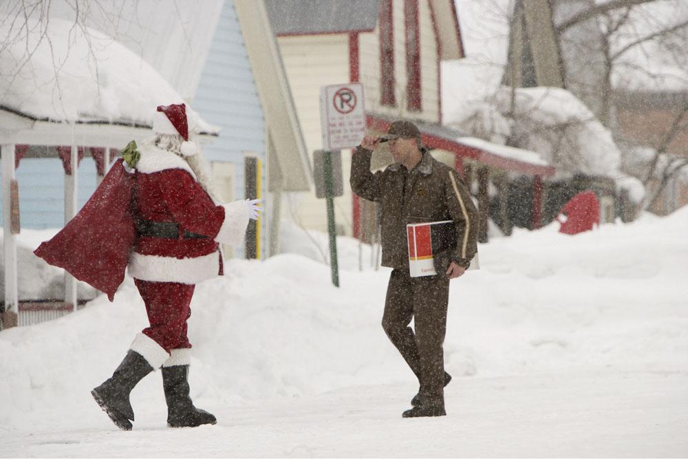 Driver UPS con Babbo Natale