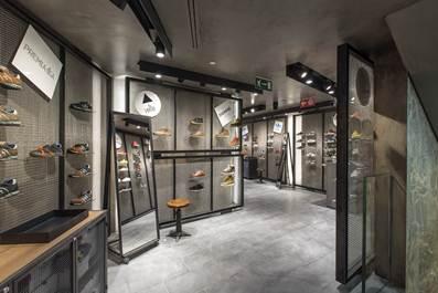 La Rinascente Duomo presenta la Sneakers Zone