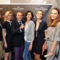 Il tirolare del brand Riccardo Abati con Giulia Bevilacqua, Claudia Zanella, Eleonora Sergio, Nathalie Rapti Gomez, Pilar Abella y de Aristegui
