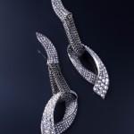 HEDY MARTINELLI - Orecchini  in oro bianco e rete d'argento con brillanti rovesciati