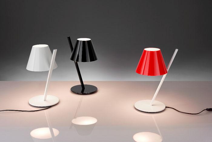 Lampada da tavolo La Petite di Artemide   Shopping Milano Roma -> Lampada Petit Artemide