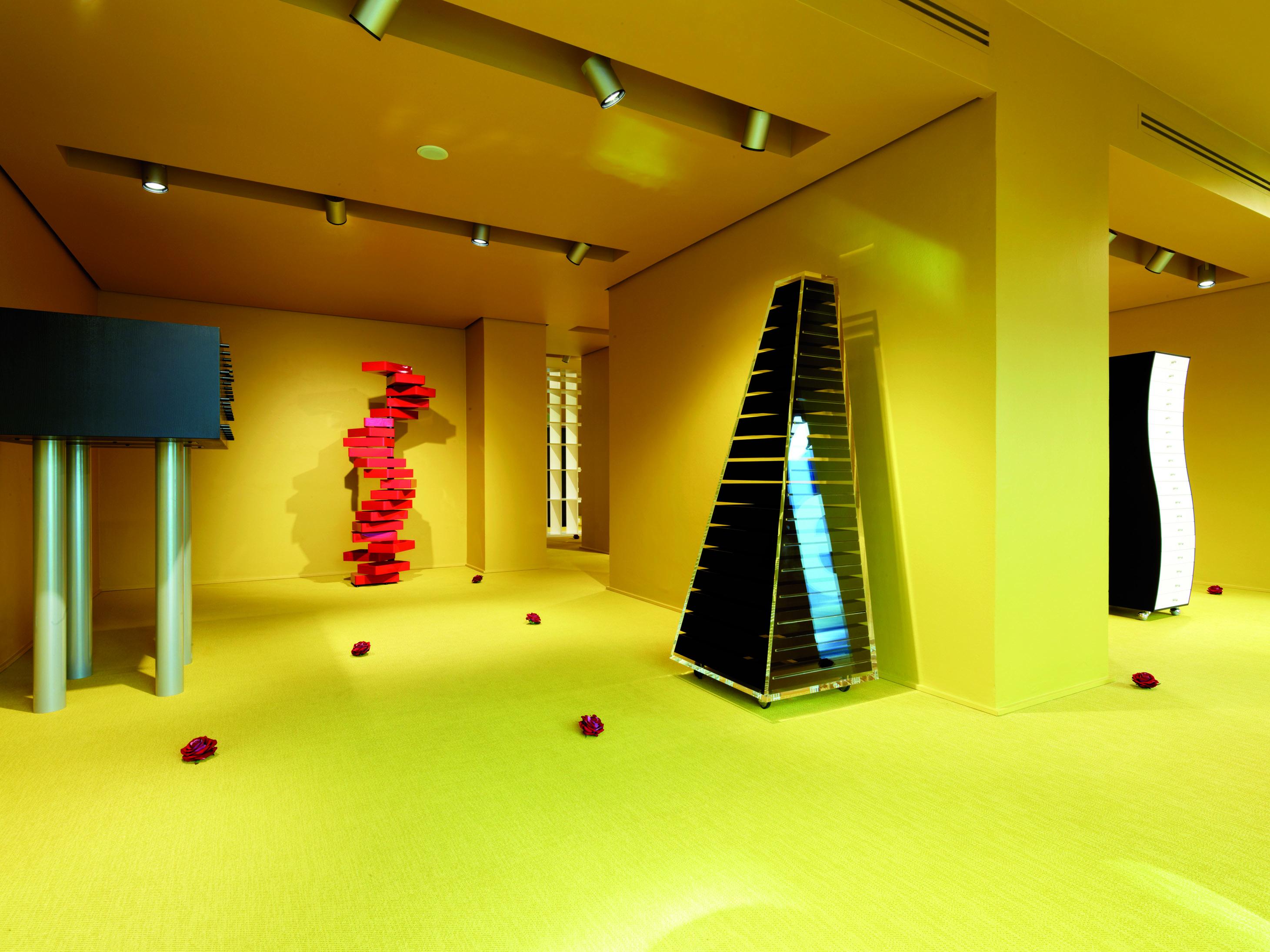Inaugura il nuovo showroom Cappellini a Milano - Shopping Milano Roma e86072a37fe7