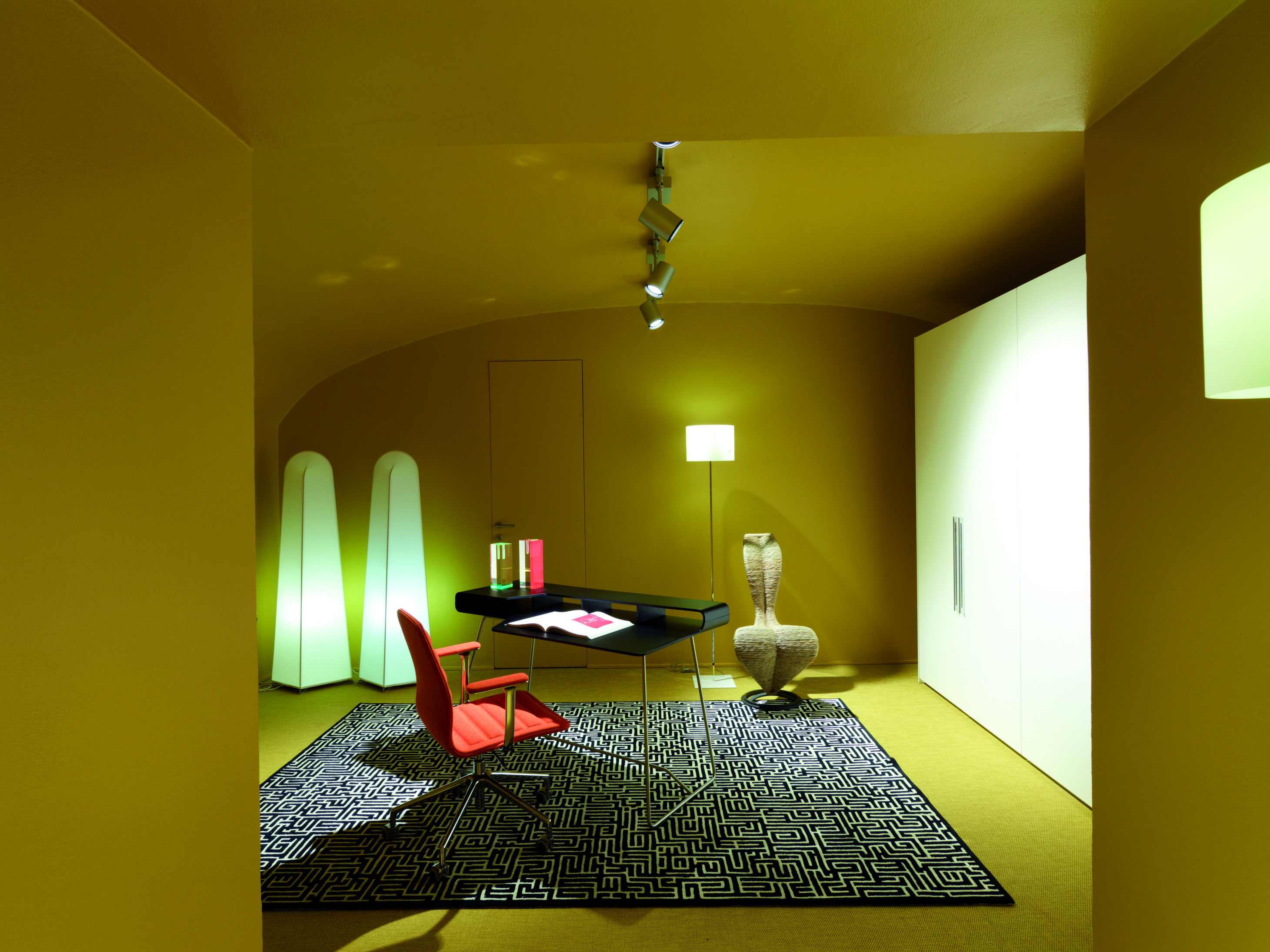Inaugura il nuovo showroom Cappellini a Milano - Shopping Milano Roma 7eb8235e8374