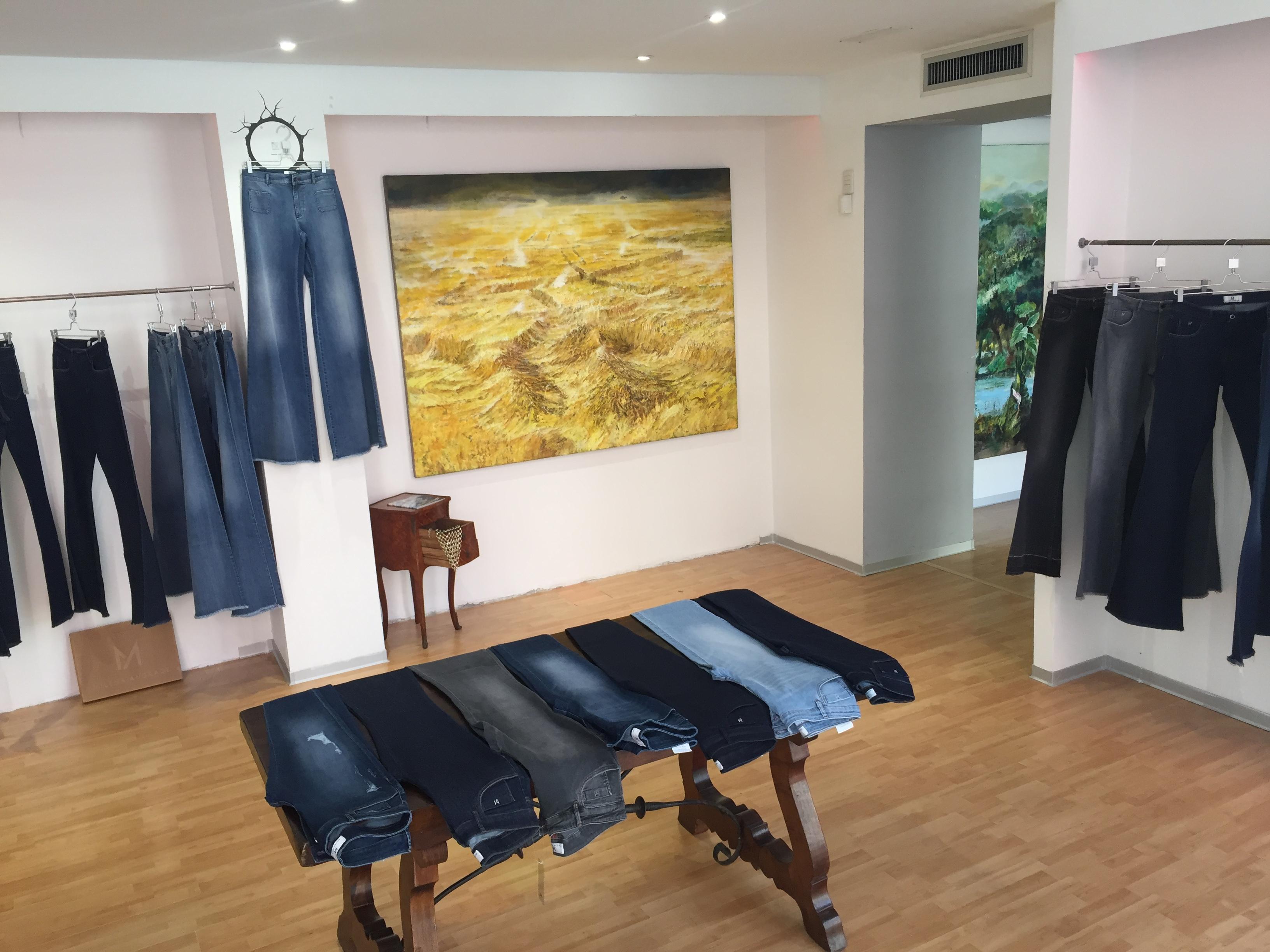 Apre a Milano il primo Flagship Store Milena Andrade La