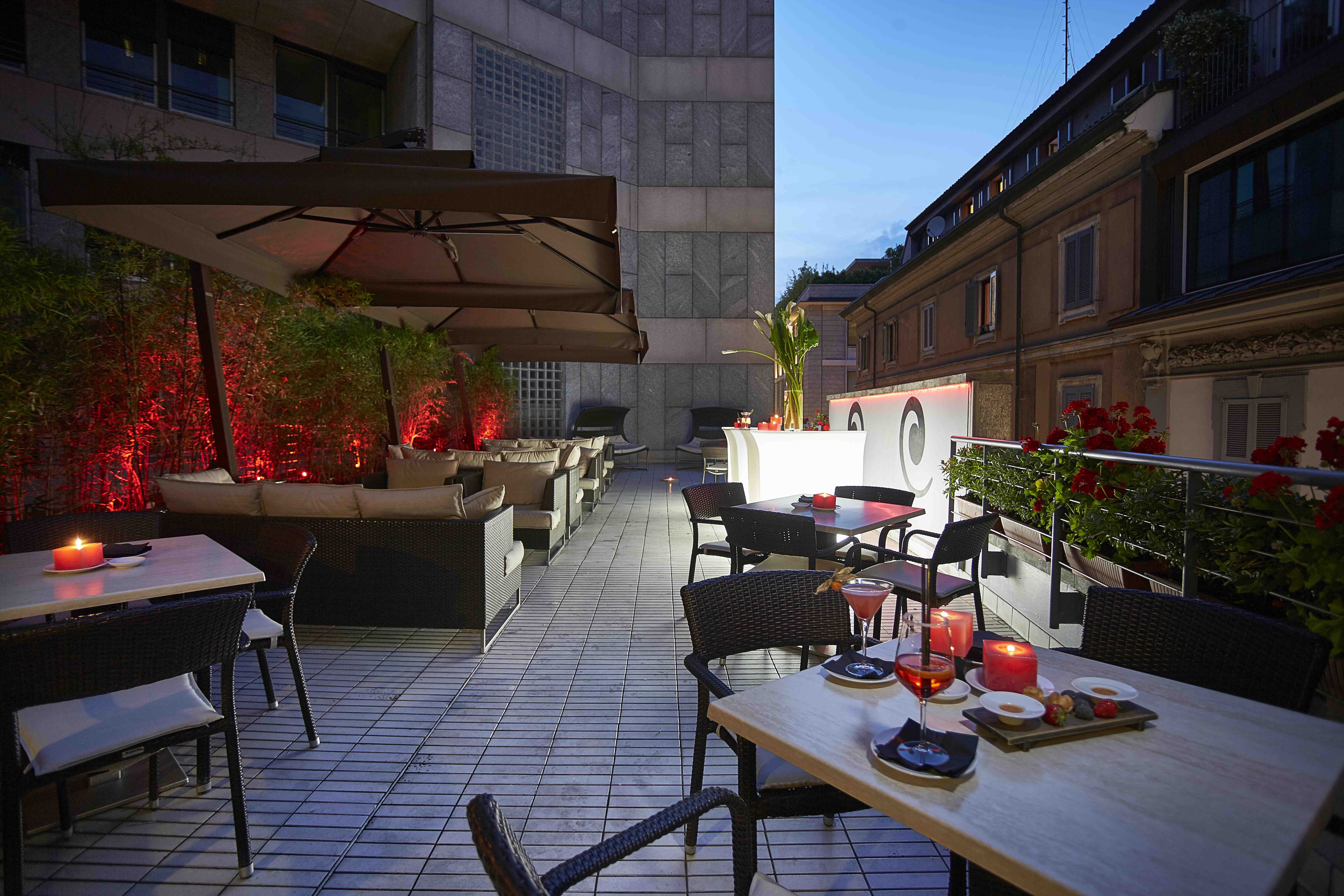 Stunning terrazza campari milano photos house design for Grey hotel milano