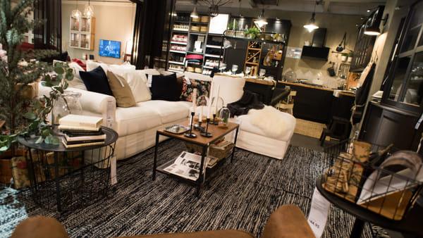 Ikea Sposa Eataly A Roma Shopping Milano Roma